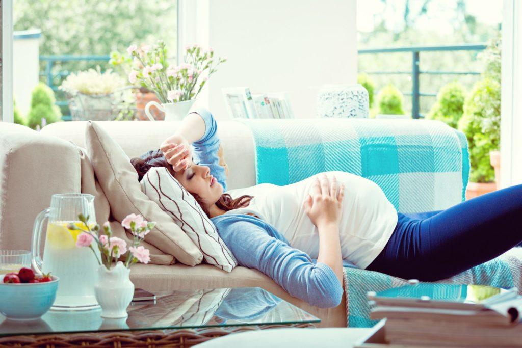 Scopri come dormire in gravidanza